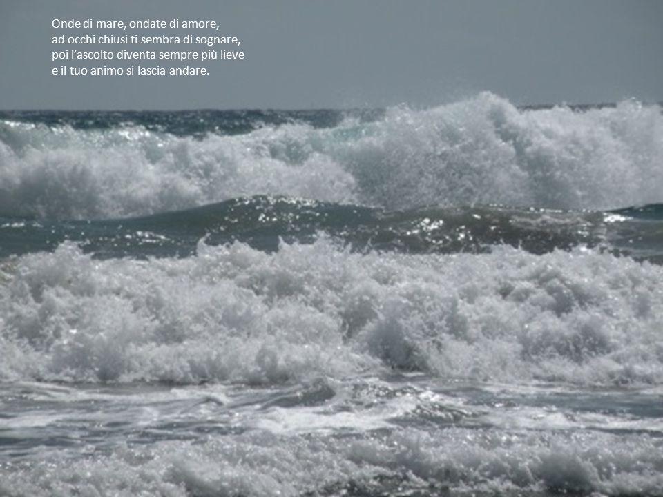Poi la musica riprende… e ti lasci trasportare dal dolce suono, lasciandoti cullare… come fossi adagiato su un'onda.