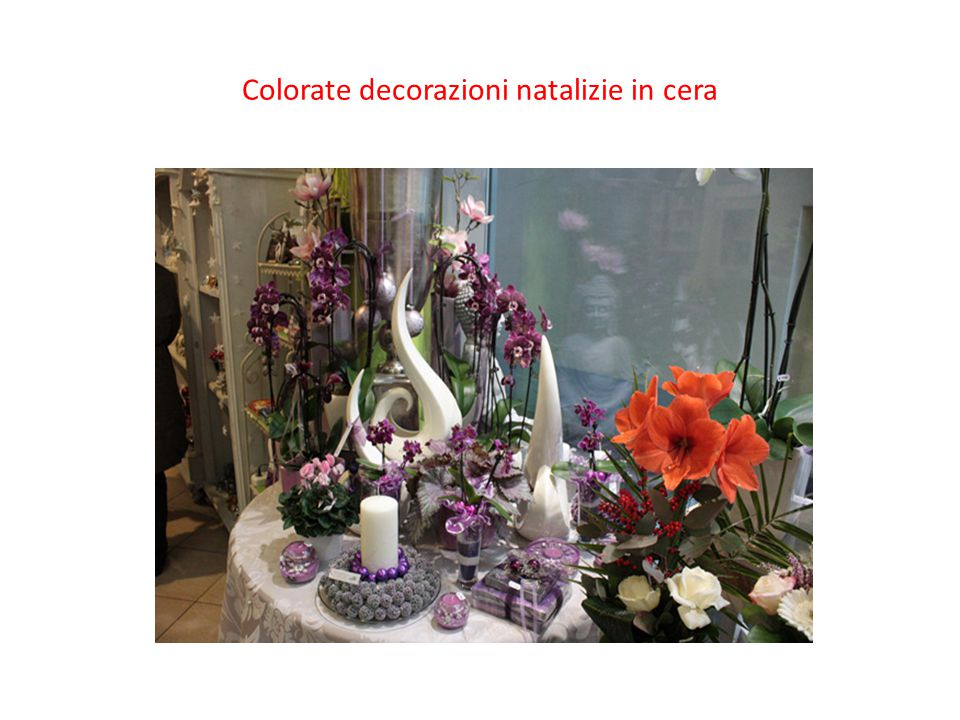 Colorate decorazioni natalizie in cera