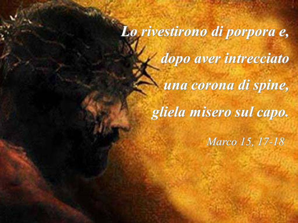 TERZO MISTERO: Gesù viene incoronato di spine