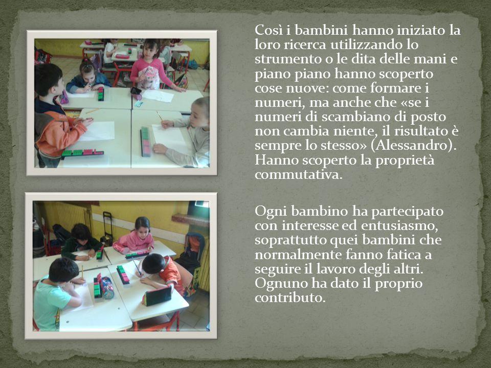 Così i bambini hanno iniziato la loro ricerca utilizzando lo strumento o le dita delle mani e piano piano hanno scoperto cose nuove: come formare i nu