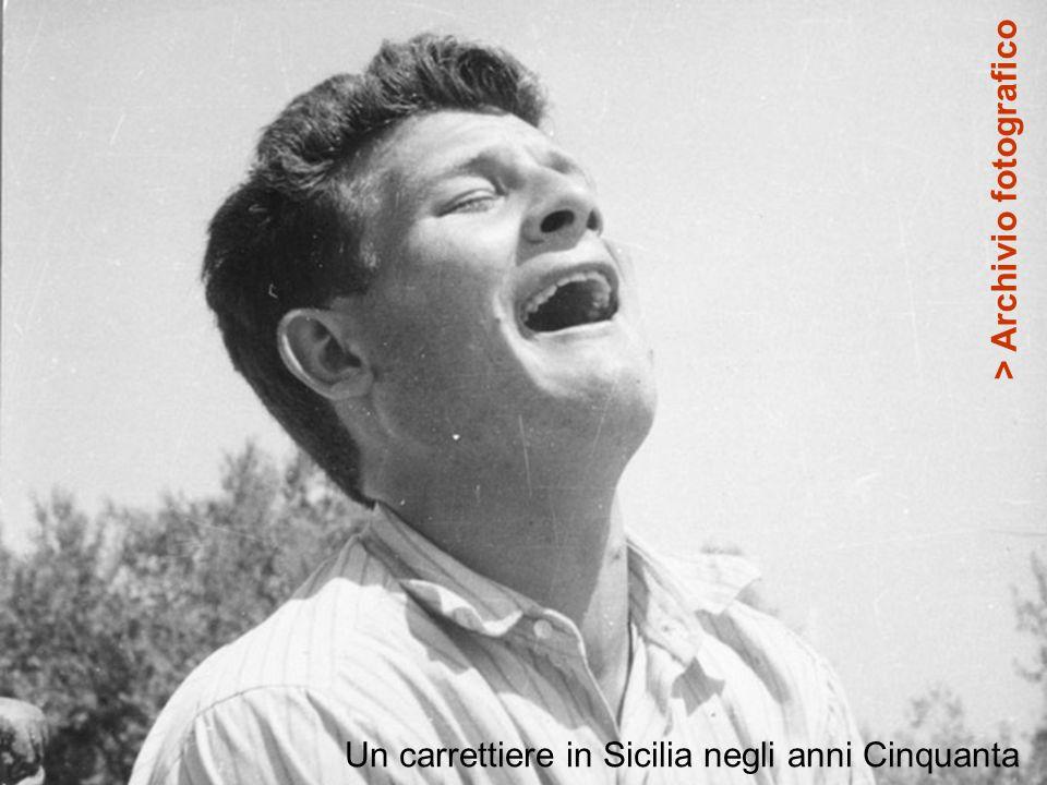 Un carrettiere in Sicilia negli anni Cinquanta > Archivio fotografico