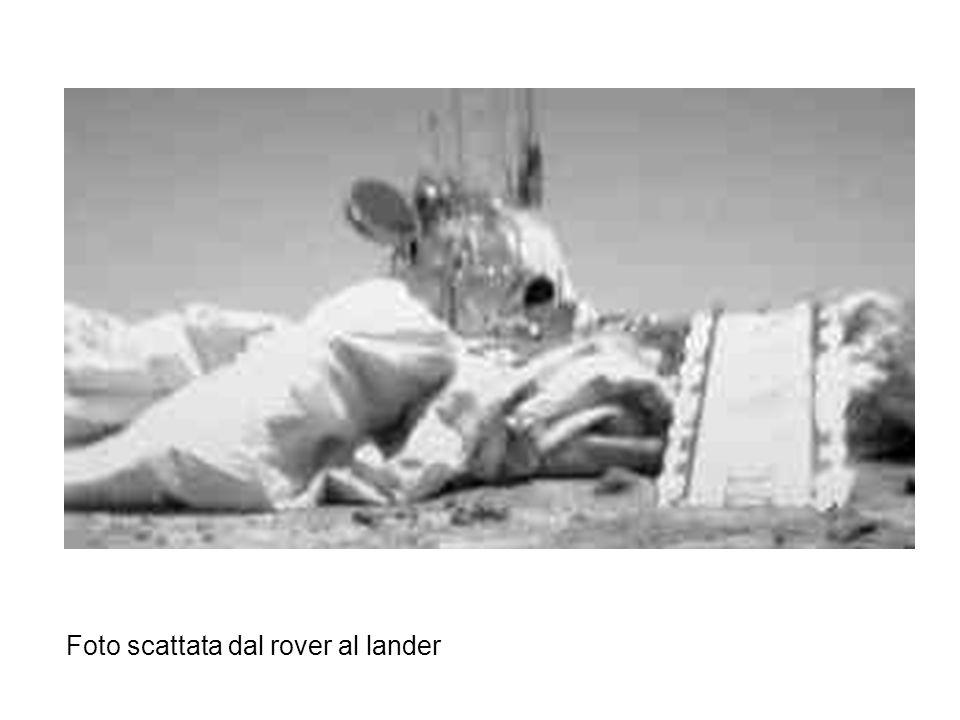 Foto scattata dal rover al lander