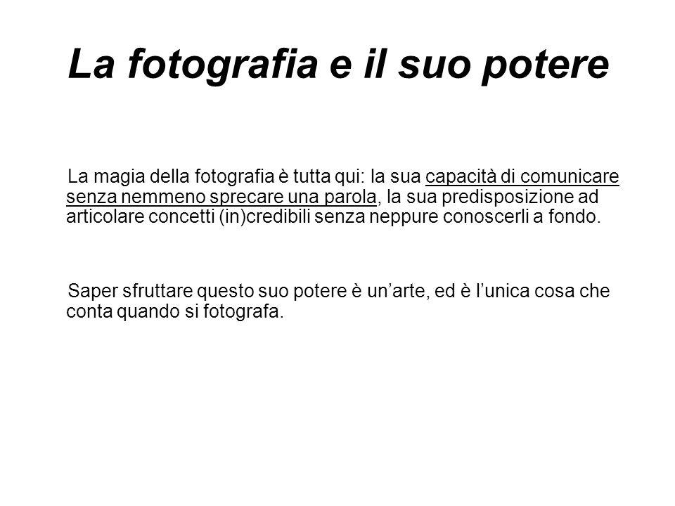 Narrazione concettuale Il tema seguito dall'autore è univoco e il concetto che il portfolio esprime si ripropone di foto in foto rivelando la storia o il soggetto.
