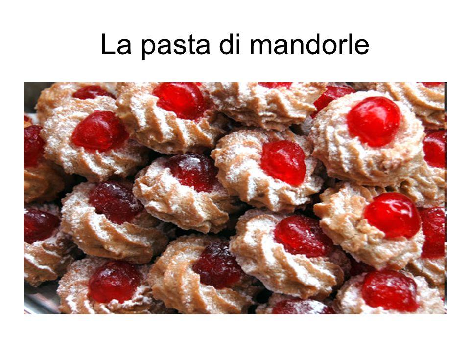 La pasta di mandorle