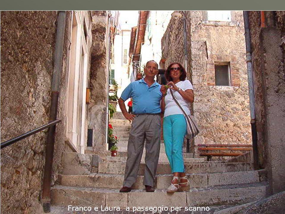Franco e Laura a passeggio per scanno