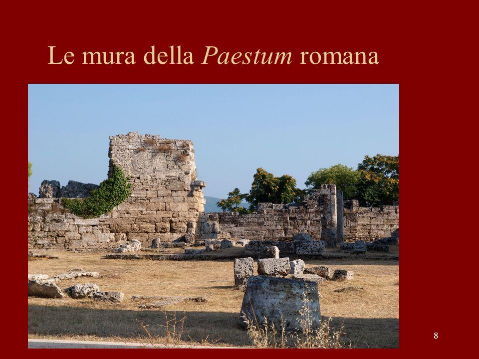 8 Le mura della Paestum romana