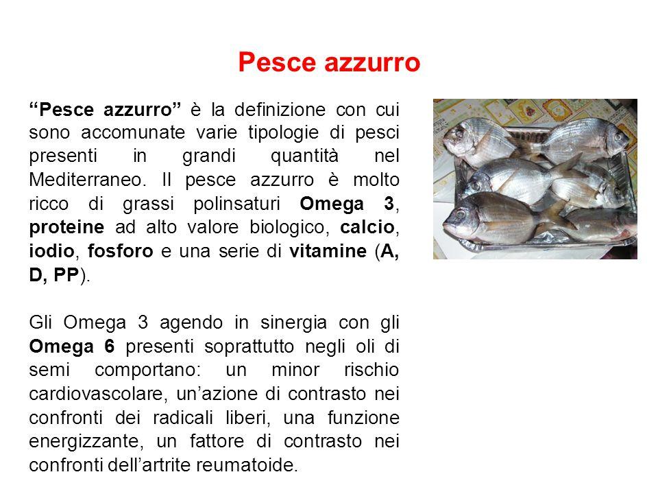 """Pesce azzurro """" Pesce azzurro"""" è la definizione con cui sono accomunate varie tipologie di pesci presenti in grandi quantità nel Mediterraneo. Il pesc"""