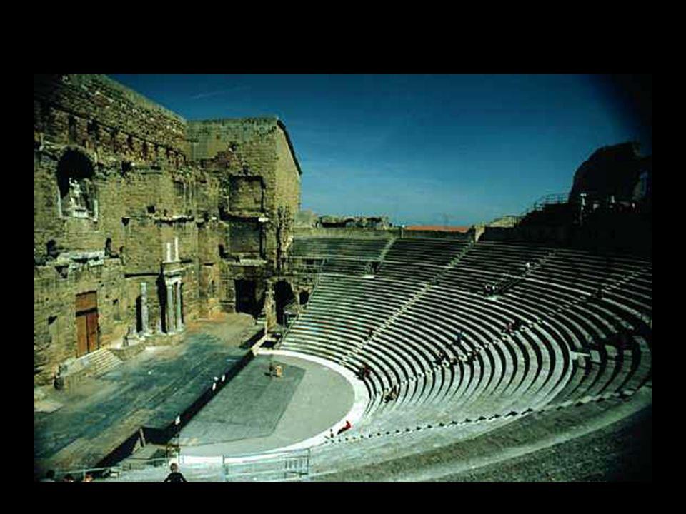 Teatri e amfiteatri di età imperiale nelle colonie romane del Mediterraneo