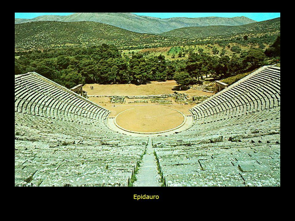 Distribuzione geografica dei principali teatri greci nel bacino del Mar Egeo Megalopolis