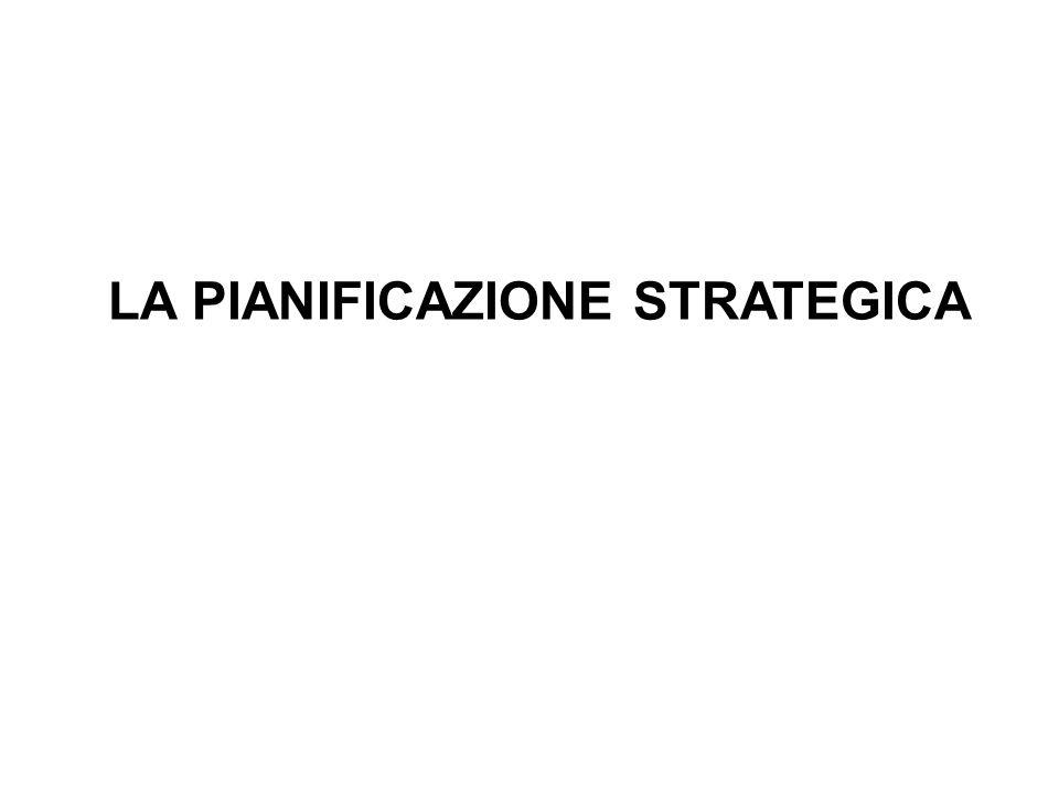 Alla base della pianificazione strategica vi è lanalisi della situazione di partenza e della sua possibile evoluzione attraverso luso degli scenari.