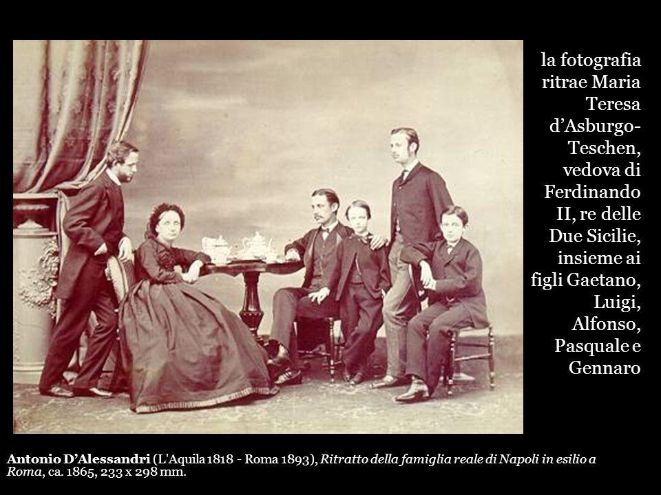 Antonio DAlessandri (L'Aquila 1818 - Roma 1893), Ritratto della famiglia reale di Napoli in esilio a Roma, ca. 1865, 233 x 298 mm. la fotografia ritra