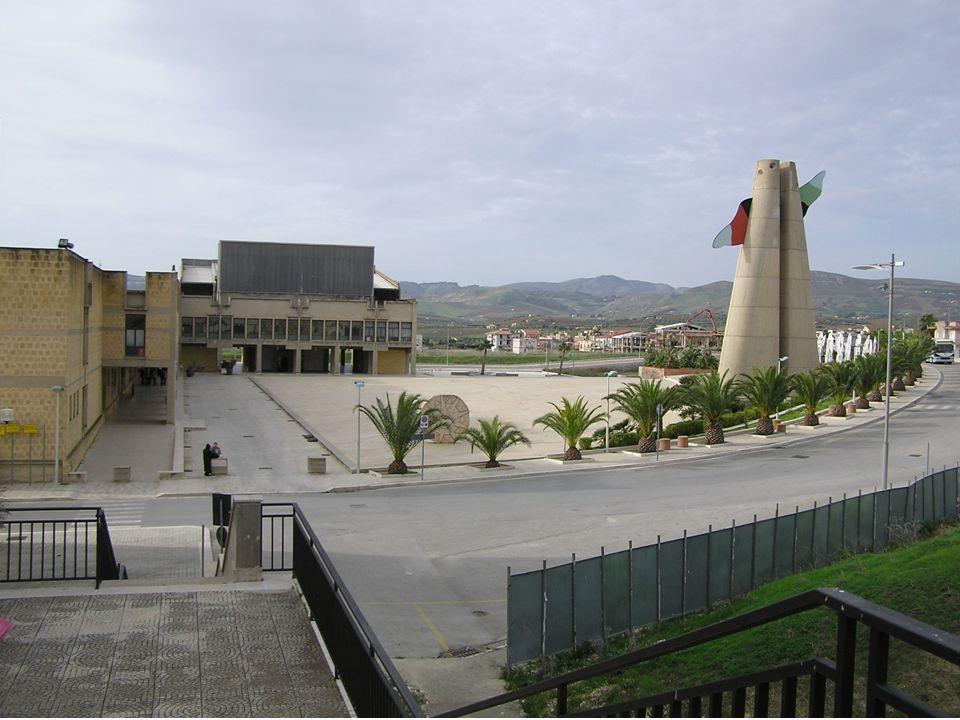 Municipio di A. e G. Samonà e Vittorio Gregotti