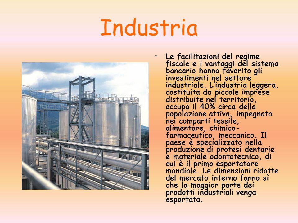 Industria Le facilitazioni del regime fiscale e i vantaggi del sistema bancario hanno favorito gli investimenti nel settore industriale. Lindustria le