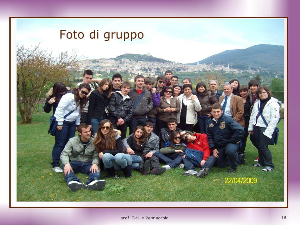 Foto di gruppo 16 prof. Ticli e Pennacchio