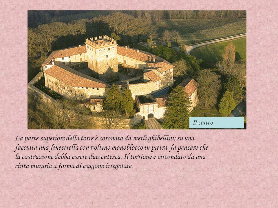 Il tramonto sul monte Fu distrutto nel 1234 da alcuni assalitori : qui si erano rifugiati i nobili fuggiti da Piacenza.