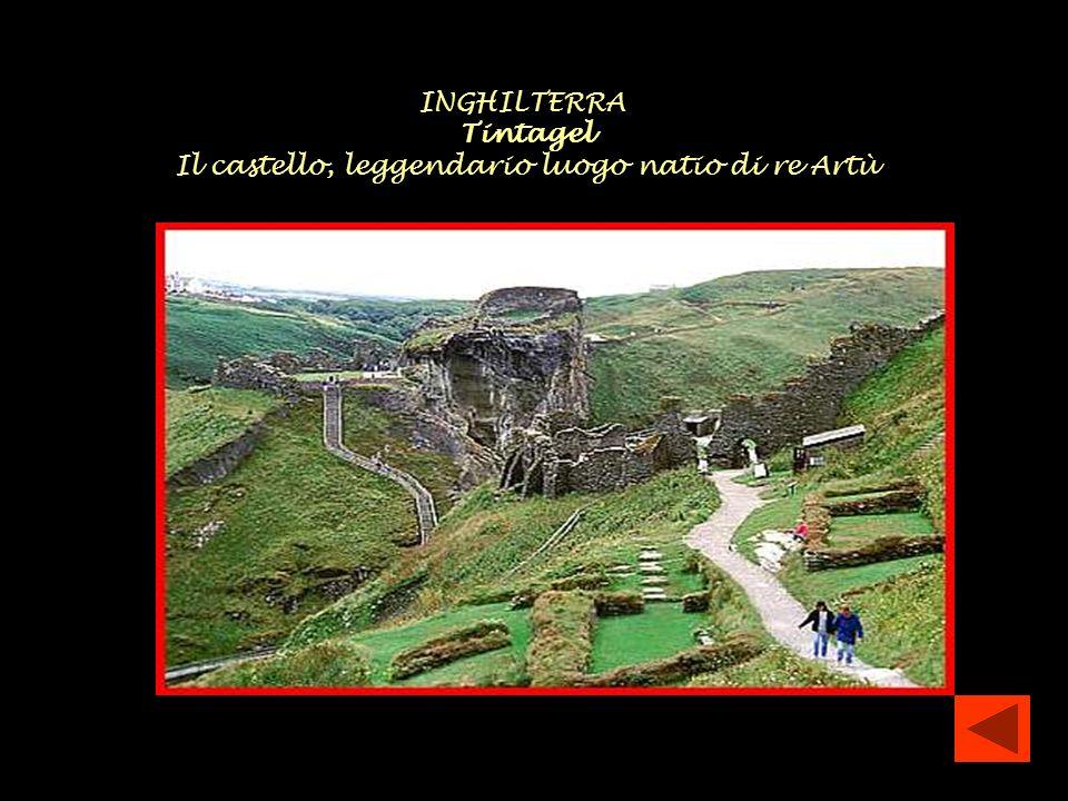 INGHILTERRA Tintagel Il castello, leggendario luogo natio di re Artù