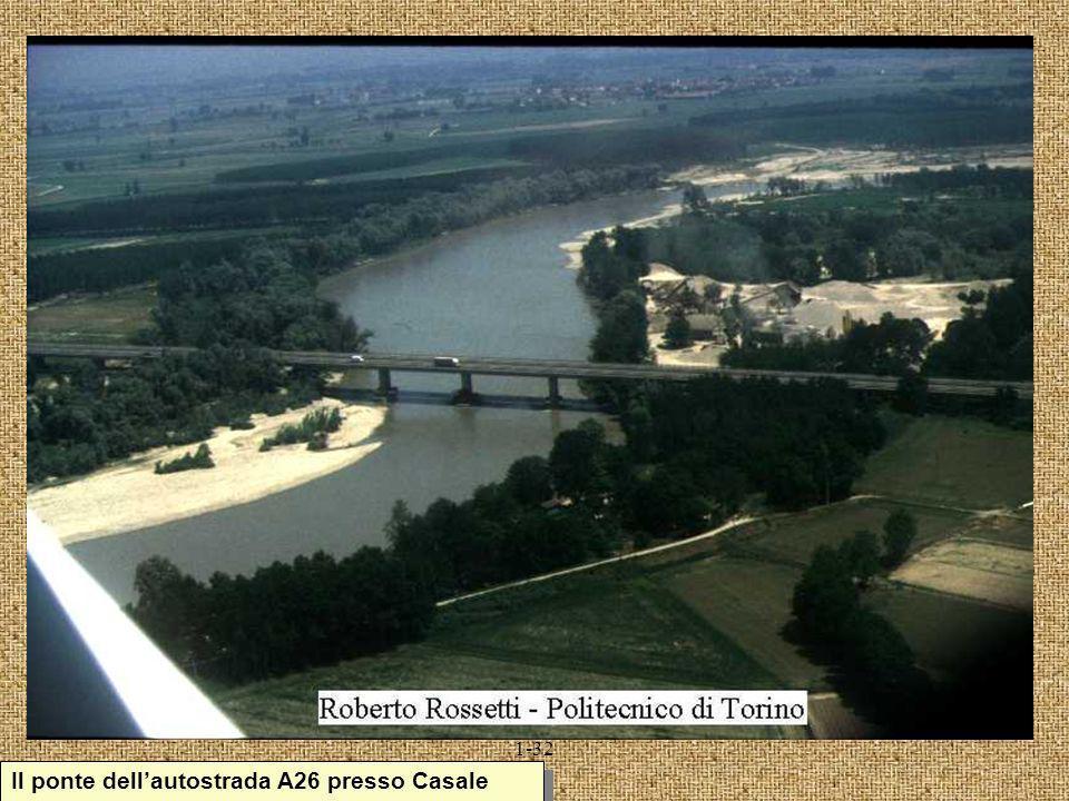 1-32 Il ponte dellautostrada A26 presso Casale