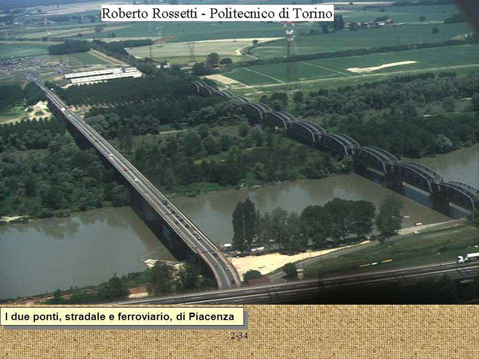 2-34 I due ponti, stradale e ferroviario, di Piacenza