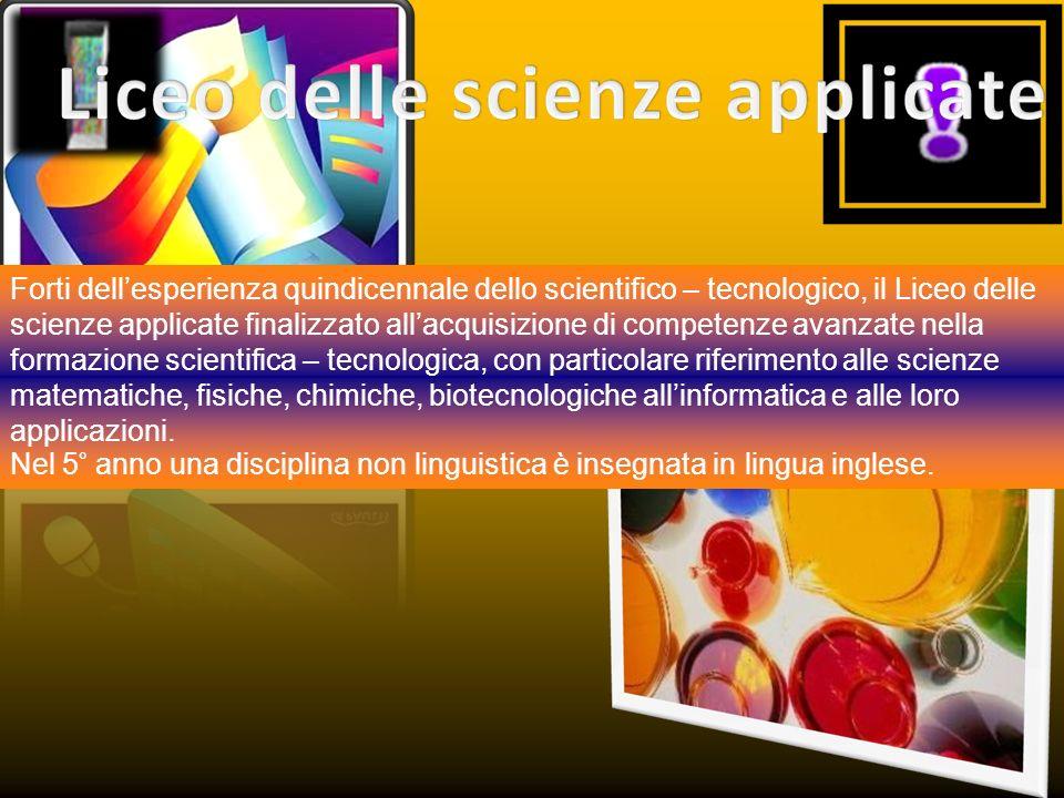 Approfondisce la cultura liceale nella prospettiva del rapporto tra tradizione umanistica a i saperi scientifici.