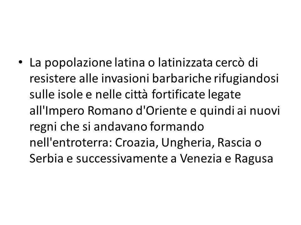 La popolazione latina o latinizzata cercò di resistere alle invasioni barbariche rifugiandosi sulle isole e nelle città fortificate legate all'Impero