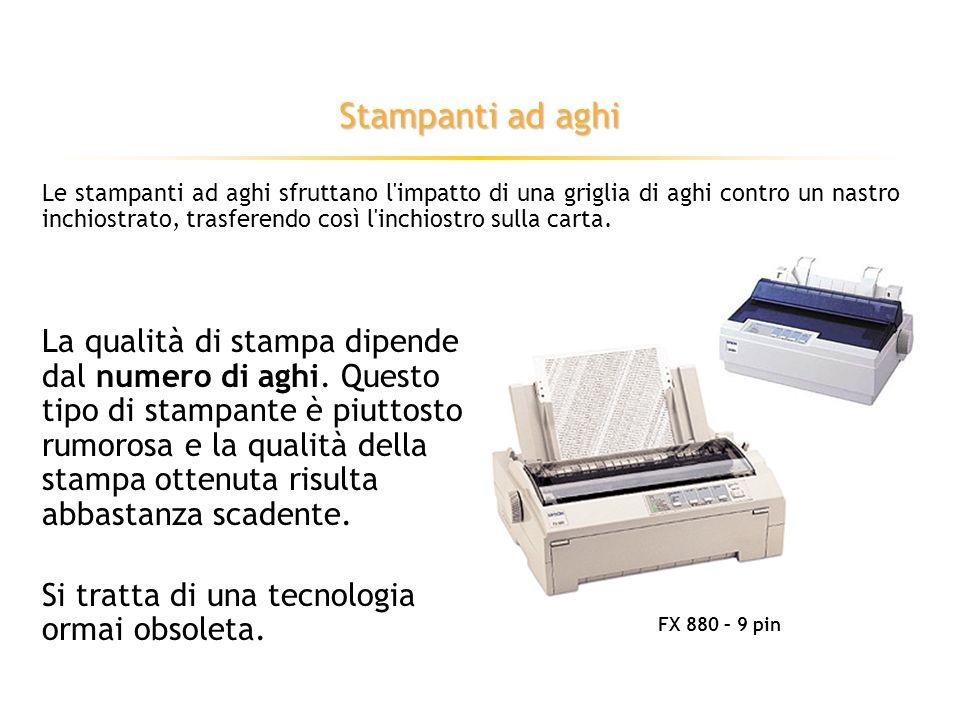 Dispositivi di output: monitor Le tecnologie più importanti utilizzate nella costruzione dei monitor sono il tubo a raggi catodici e i cristalli liquidi.