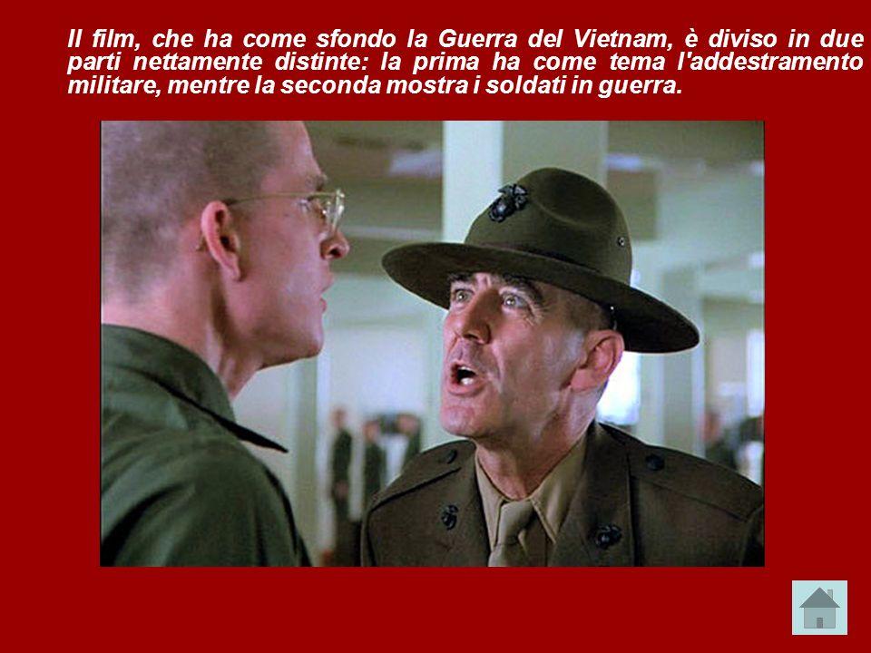 Il film, che ha come sfondo la Guerra del Vietnam, è diviso in due parti nettamente distinte: la prima ha come tema l'addestramento militare, mentre l