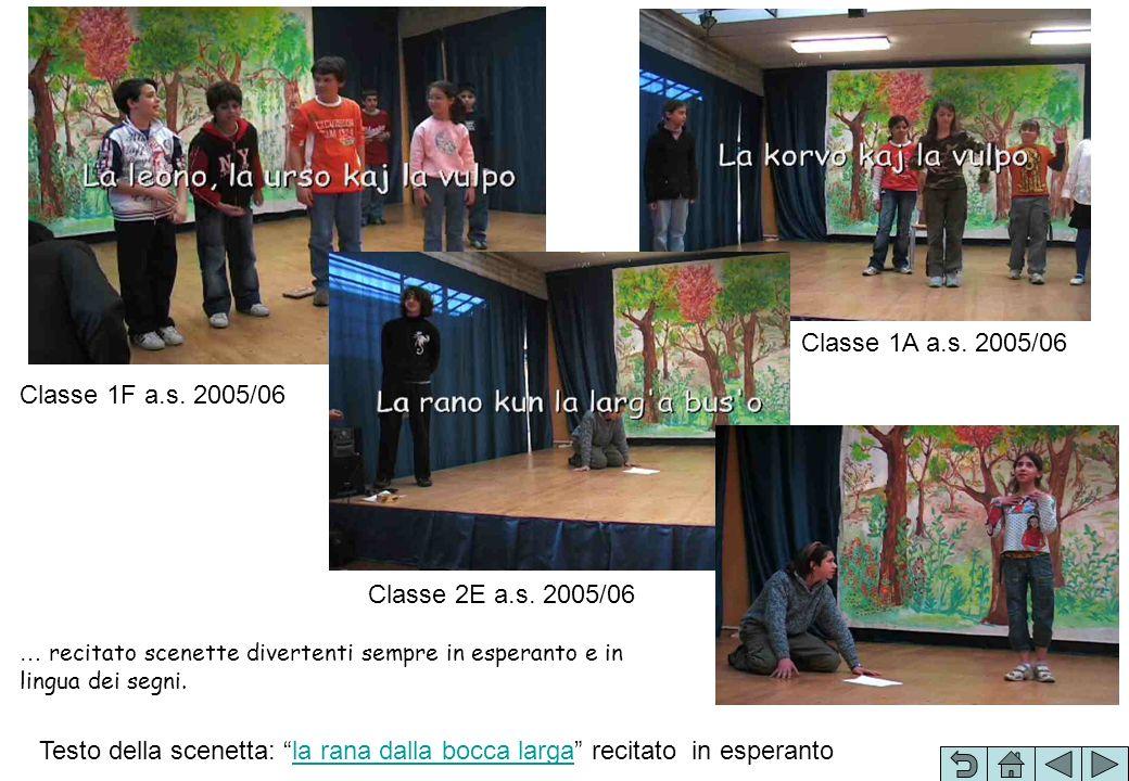 … recitato scenette divertenti sempre in esperanto e in lingua dei segni. Testo della scenetta: la rana dalla bocca larga recitato in esperantola rana