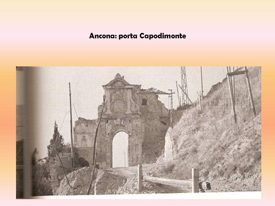 Ancona: Teatro delle Muse