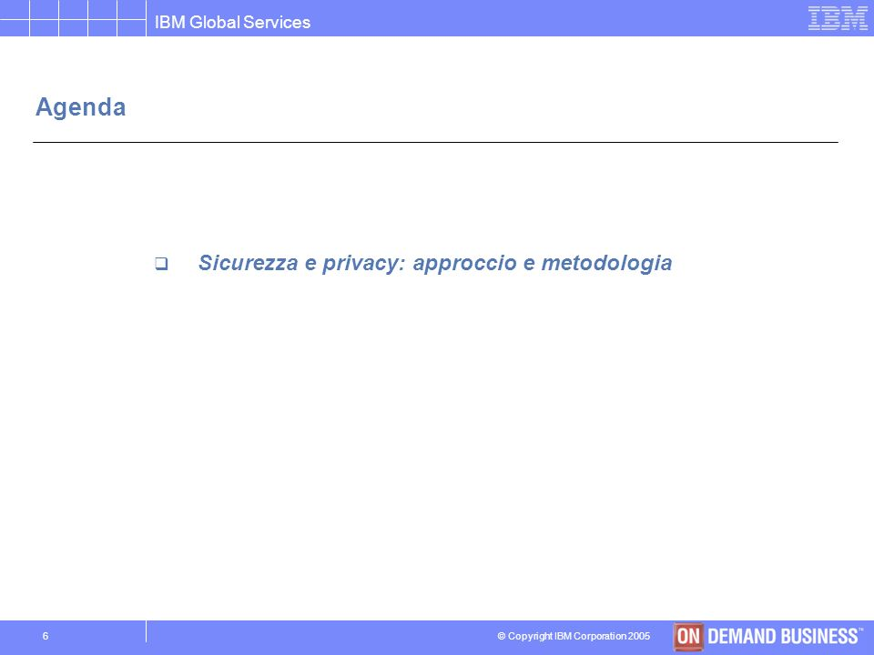 © Copyright IBM Corporation 2005 IBM Global Services 16 Le principali soluzioni IBM Soluzione di Disaster Recovery Tier 0: No backups Tier 1: Backups off-site Tier 2: Backups off-site + Hot Site Tier 3: Electronic Vaulting in Remote Library Tier 4: Batch/Online DB shadowing and journaling Tier 5: SW two-phase commit Tier 6: Near zero data loss with remote disk mirroring Tier 7: Near zero or zero data loss with remote disk mirroring and highly automated recovery Weeks Days HoursMinutes RTO $ Recovery Rapid Recovery Continuity Centro Primario Centro Alternativo Off-Site Storage Scenario di disastro Off-Site and Hot Site