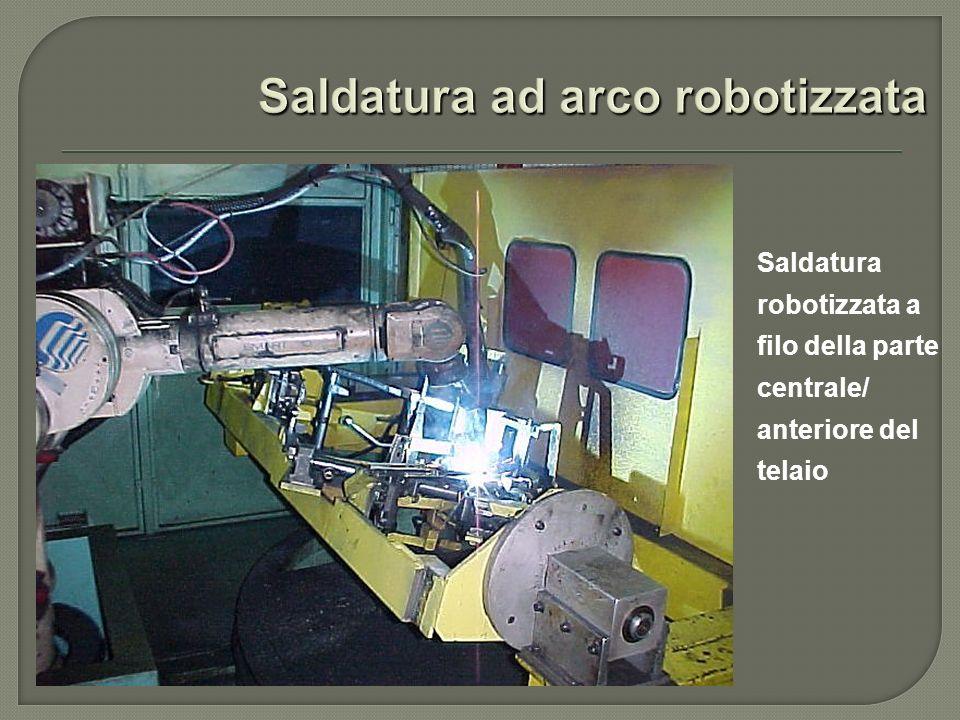 Saldatura robotizzata a filo della parte centrale/ anteriore del telaio