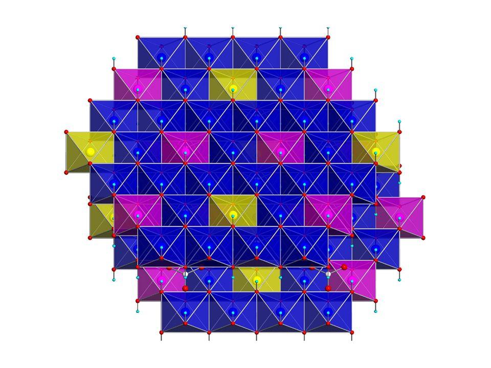 Struttura 1D composta da catene di natura inorganica con pendagli di natura organica
