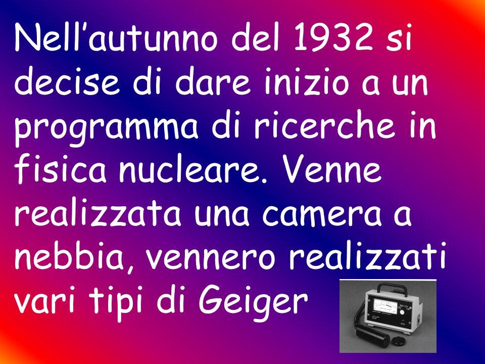 Fermi Rasetti Segrè,Amaldi e Majorana Nel 1930 intorno a Fermi e Rasetti, si raccolse un gruppo di giovanissimi fisici: Segrè,Amaldi e Majorana. Tutti