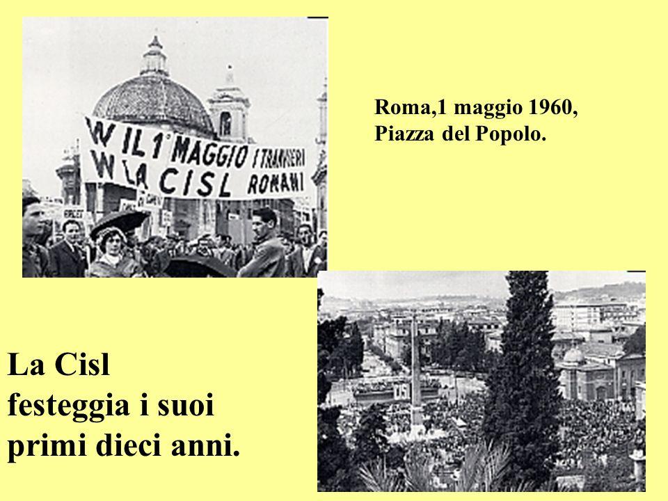 Roma,19-22 marzo 1959. Terzo Congresso Cisl. Nella terza foto, a destra, il presidente congressuale,Renato Cappugi,consegna a GiulioPastore, nominato