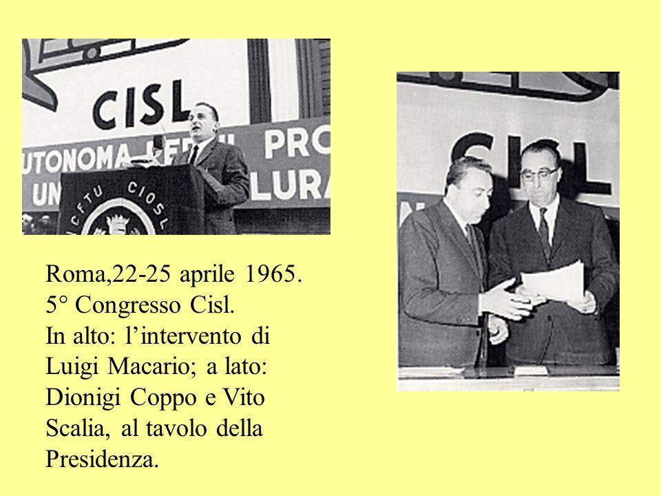 Roma,19-13 maggio 1962. 4° Congresso Cisl. A destra: in alto,lintervento di Aldo Moro; in basso:a sinistra, lintervento di un grande sindacalista di b