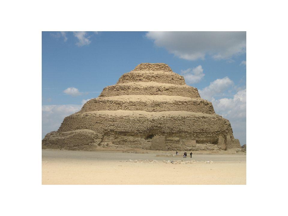 Statua di Djoser, dal serdab della piramide a gradoni. Cairo