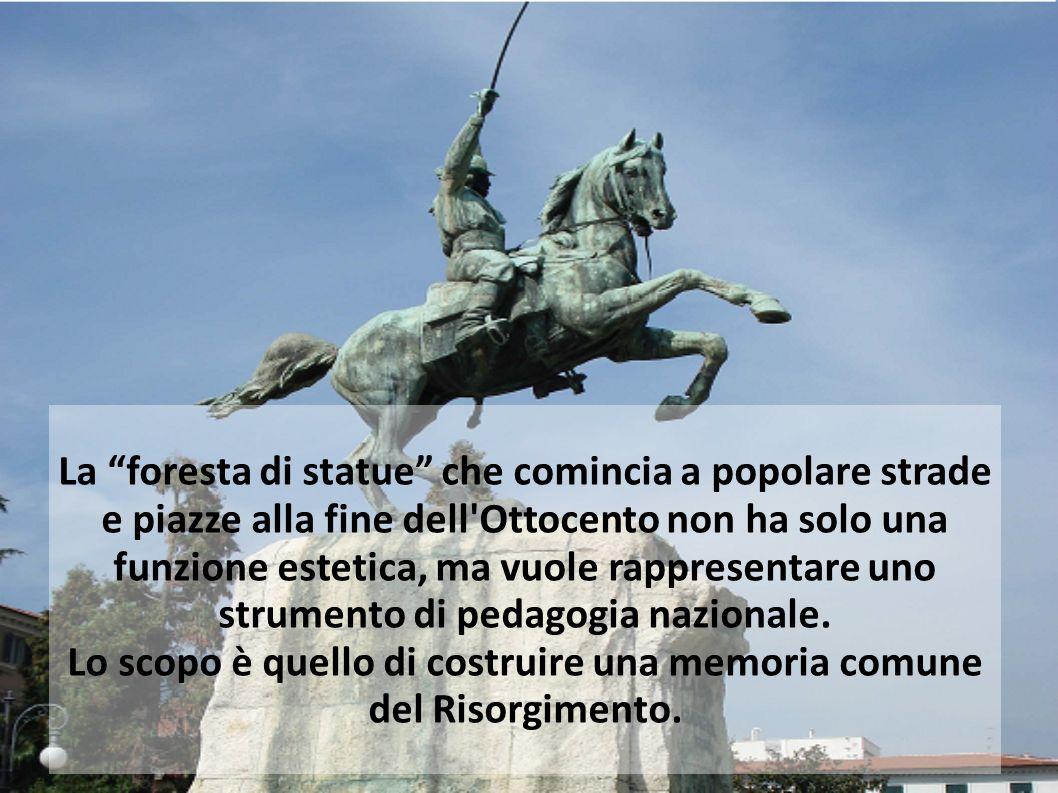 La foresta di statue che comincia a popolare strade e piazze alla fine dell'Ottocento non ha solo una funzione estetica, ma vuole rappresentare uno st