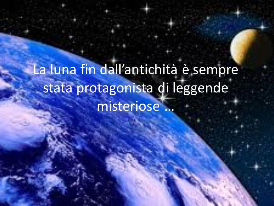 Tristezze della Luna La Luna diventa nell'immaginario poetico una donna triste, ma dalla forte sensualità. Con lei il poeta sembra intrecciare una sto