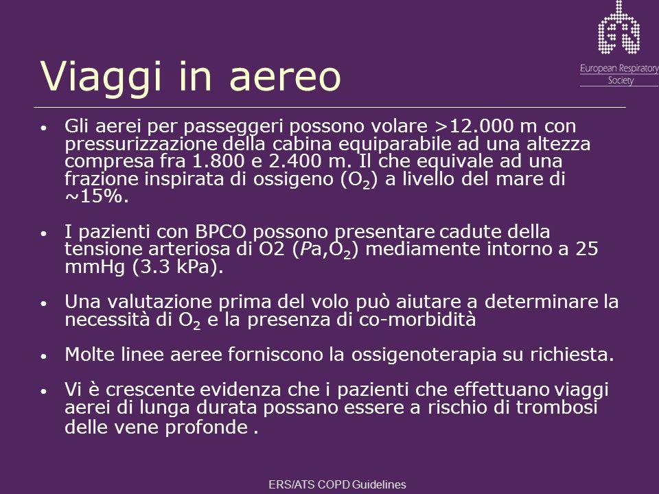 Viaggi in aereo Gli aerei per passeggeri possono volare >12.000 m con pressurizzazione della cabina equiparabile ad una altezza compresa fra 1.800 e 2