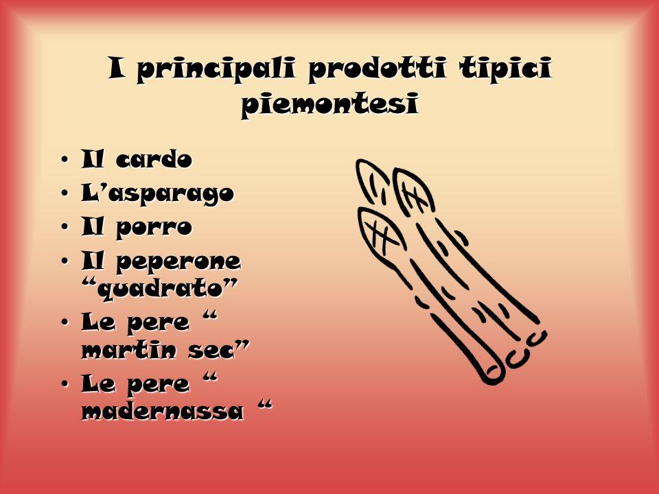 La garritola Il Piemonte è una regione ricca di funghi; nei boschi di faggi, lecci e querce spuntano dallhumus ricco e umido molte varietà, dai più comuni, ai più ricercati come i porcini o gli ovoli.
