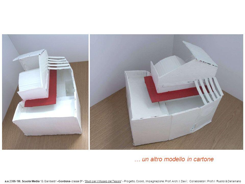 … un altro modello in cartone