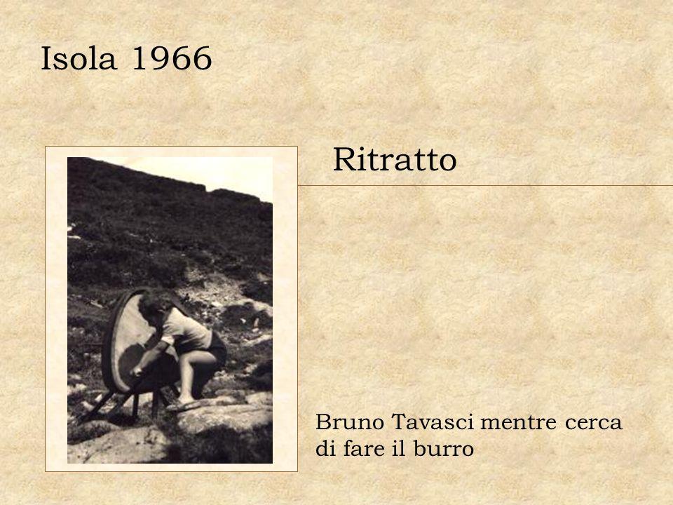 Ritratto Bruno Tavasci mentre cerca di fare il burro