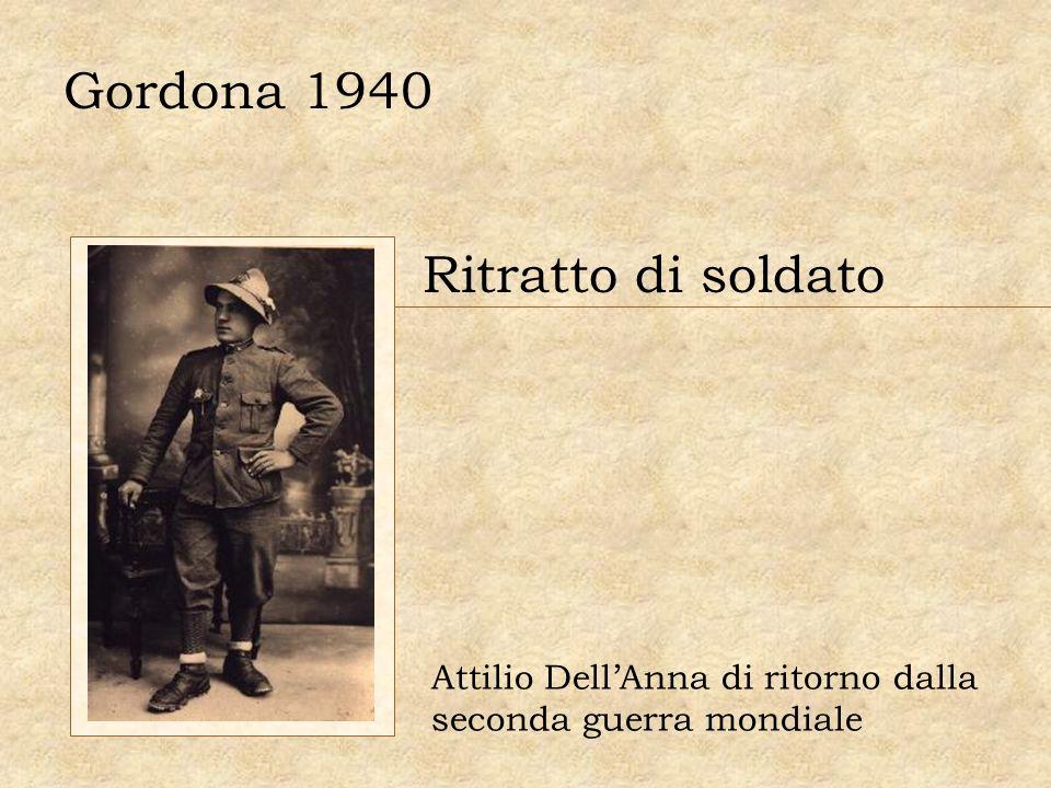 Gordona 1940 Ritratto di soldato Attilio DellAnna di ritorno dalla seconda guerra mondiale