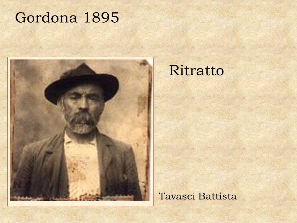 Ritratto di famiglia Da destra: Tavasci Pietro, Tavasci Giovanni, Geronimi Clara. Chiavenna 1931