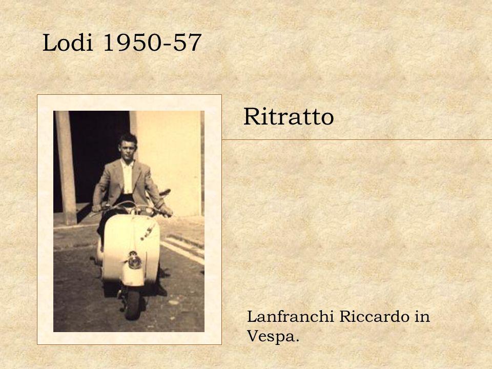 Lodi 1950-57 Ritratto Lanfranchi Riccardo in Vespa.