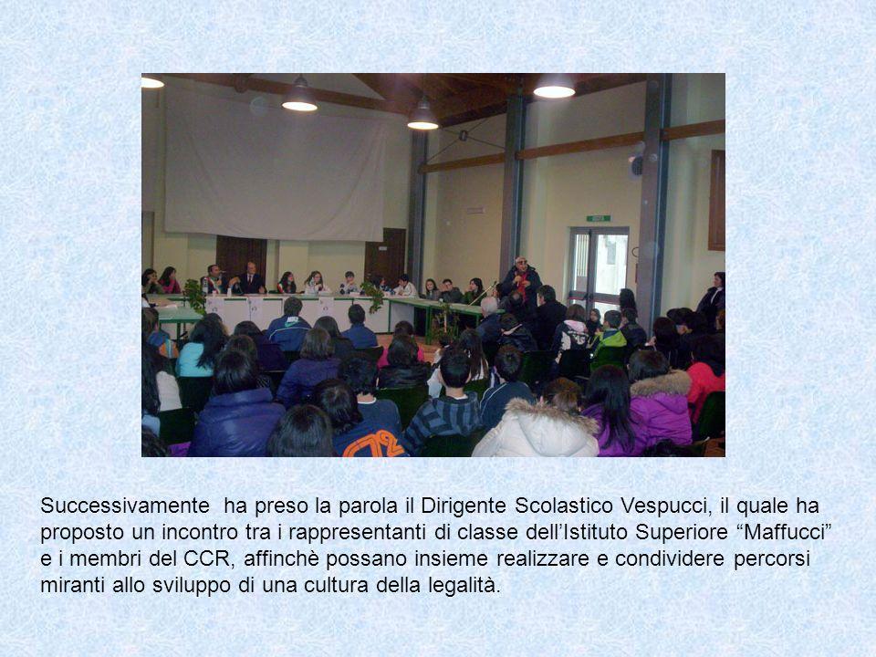 Successivamente ha preso la parola il Dirigente Scolastico Vespucci, il quale ha proposto un incontro tra i rappresentanti di classe dellIstituto Supe