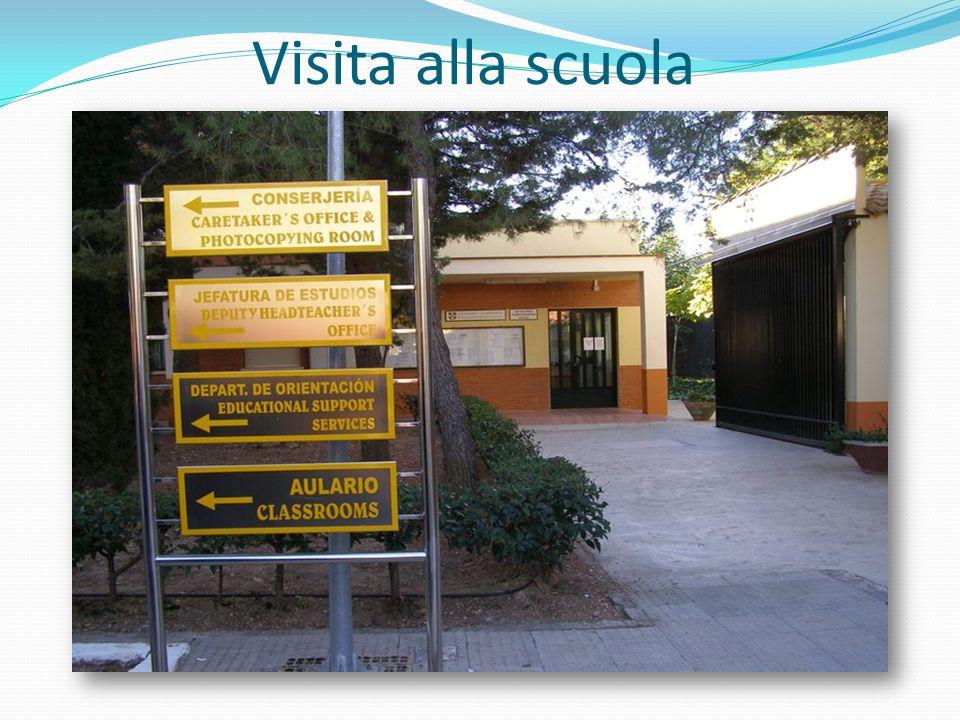 Visita alla scuola