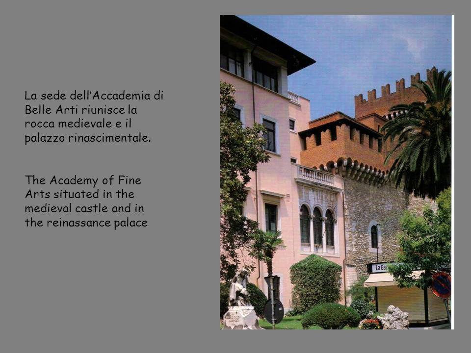 La sede dellAccademia di Belle Arti riunisce la rocca medievale e il palazzo rinascimentale.