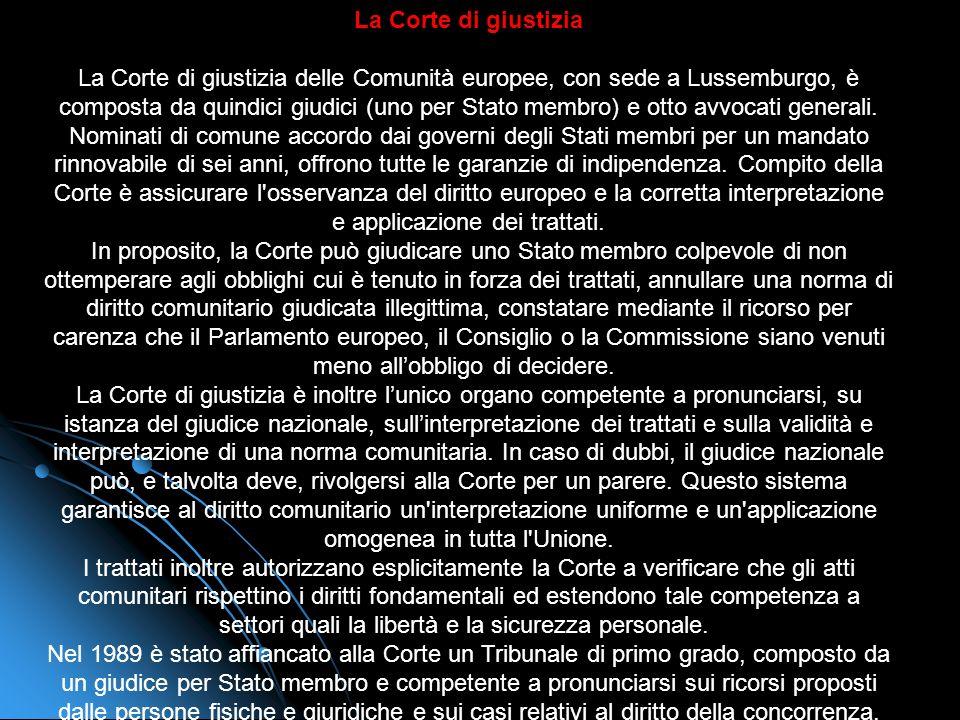 La Commissione La Commissione europea è unistituzione cardine del sistema comunitario. Dal 1° novembre 2004, la nuova Commissione consta di 25 membri,