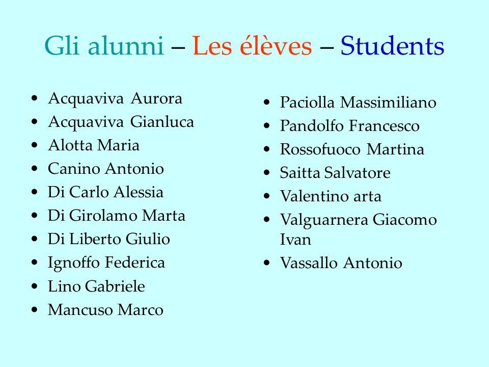 Gli alunni del laboratorio Les élèves du laboratoire / The pupils of the laboratory