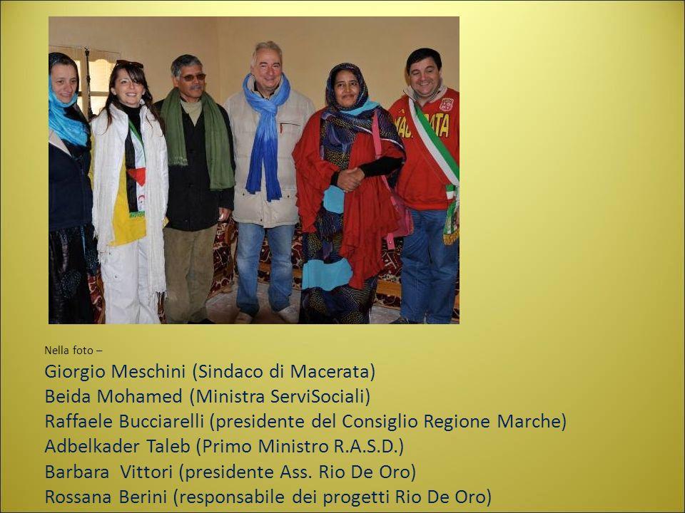Nella foto – Giorgio Meschini (Sindaco di Macerata) Beida Mohamed (Ministra ServiSociali) Raffaele Bucciarelli (presidente del Consiglio Regione Marche) Adbelkader Taleb (Primo Ministro R.A.S.D.) Barbara Vittori (presidente Ass.